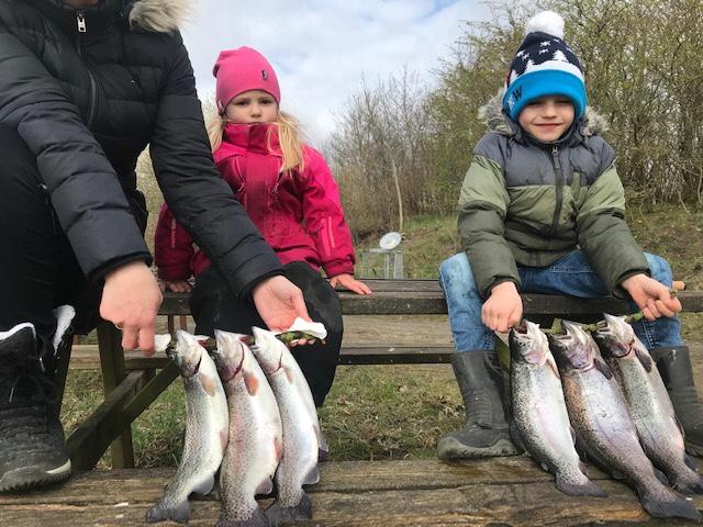 Mjøls Lystfiskeri: Torsdag med hug på gennemløberen