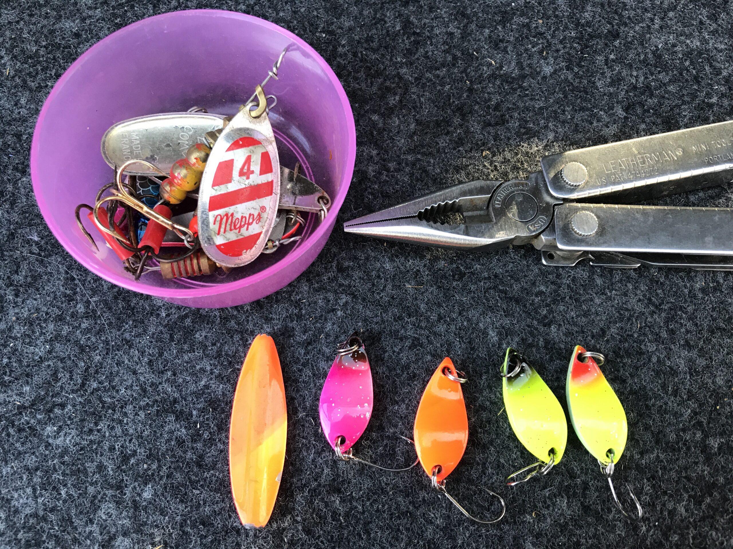 Mjøls Lystfiskeri: De fanger dem på blink
